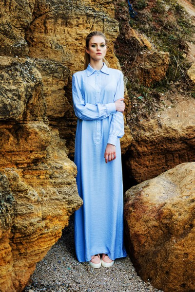 Платье-рубашка голубое макси 40075