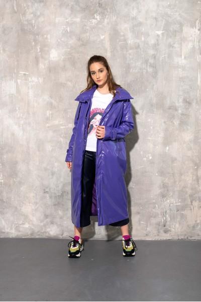 Плащ фиолетовый глянцевый 40682