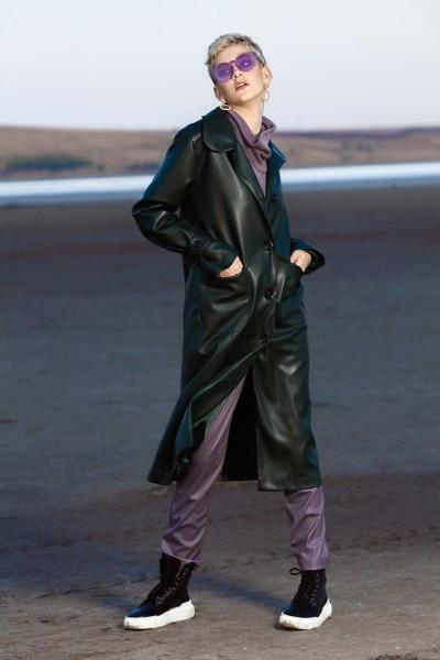 Пальто из зеленой искусственной кожи 40600