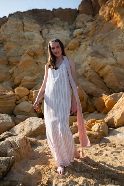 Платье-сарафан полоска макси пудровое 40131