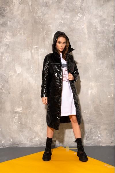 Демисезонное стеганое пальто  глянец черное 40685