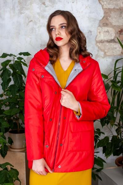 Куртка демисезонная короткая красного цвета 40542
