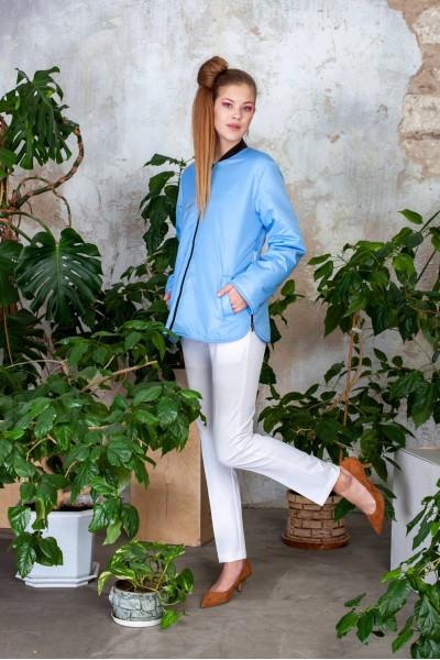Куртка демисезонная короткая голубого цвета 40543